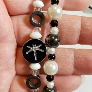 Set of 2 stretch bracelets black/white